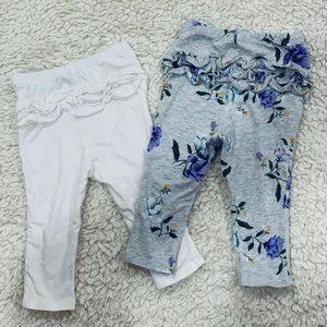 Old Navy Bottoms - Two baby leggings with ruffles